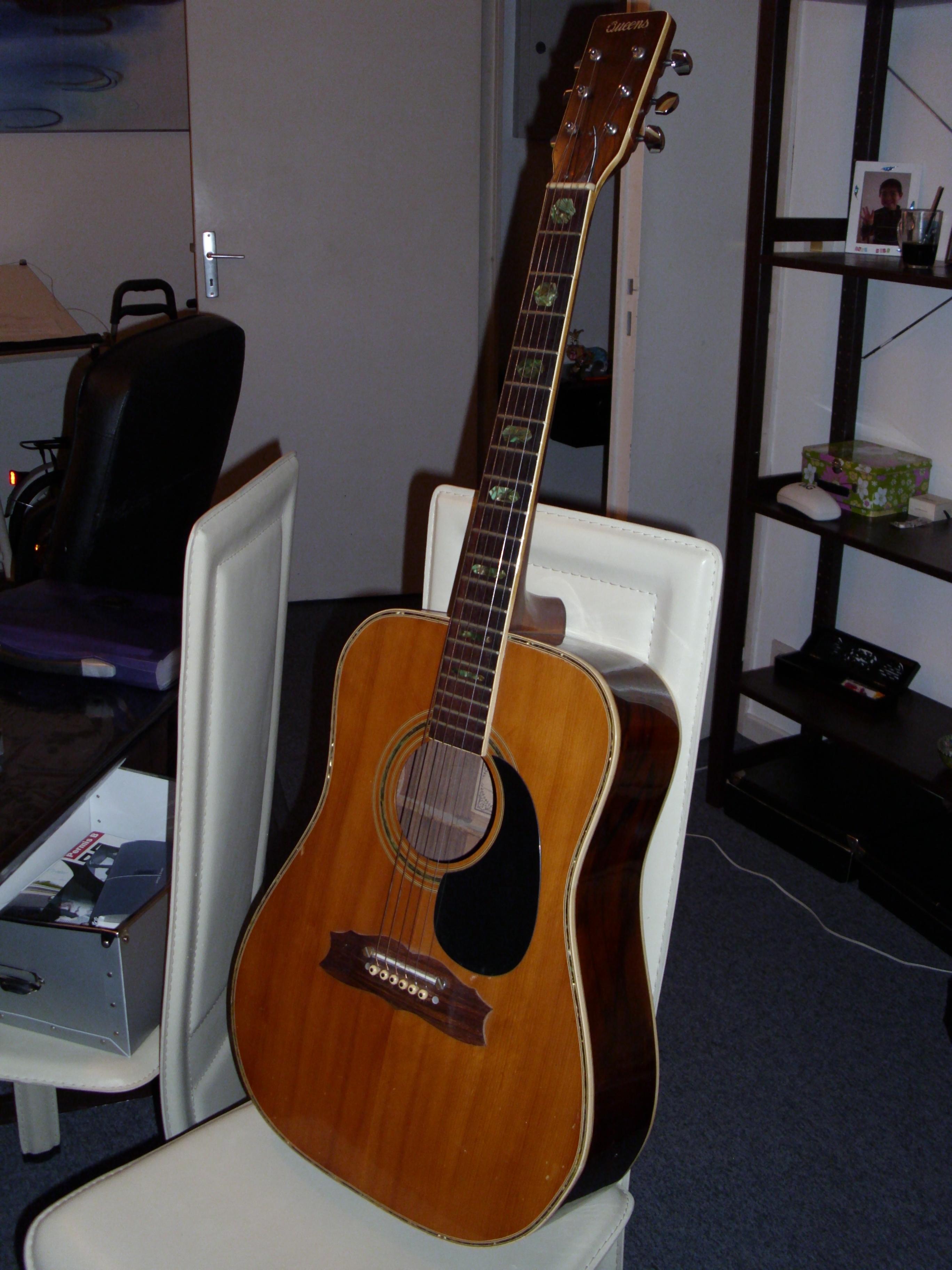 guitare acoustique queens